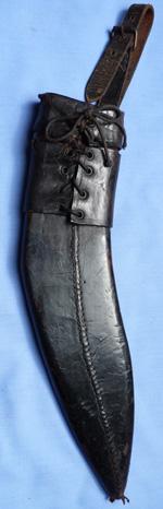 kukri-and-scabbard-8
