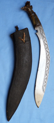 kukri-decorated-hilt-2
