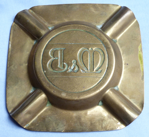 m-and-b-beer-brass-ashtray-2