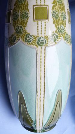 minton-secessionist-vases-5