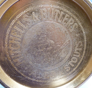 mitchells-and-butlers-beer-tray-2