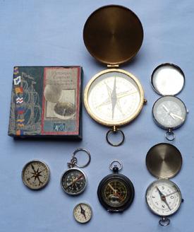 modern-compasses-set-1