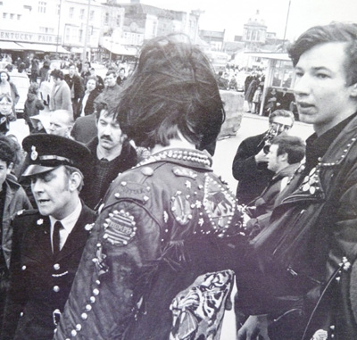 mods-and-rockers-photograph-3