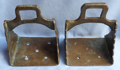 ottoman-turkish-bronze-stirrups-2