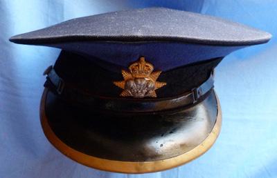prince-of-wales-regiment-cap-1