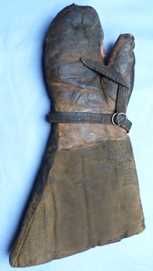 royal-flying-corps-gauntlets-4