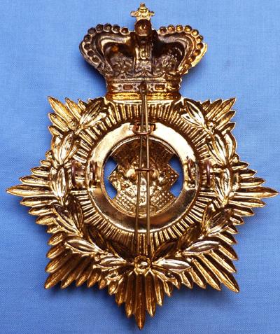 royal-scots-helmet-plate-2