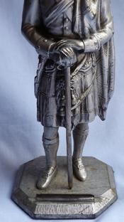 scottish-soldier-statue-4