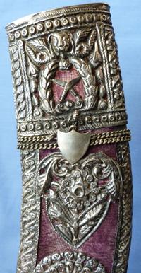 silver-gurkha-kukris-11