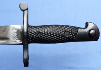 spanish-model-1941-bolo-bayonet-3