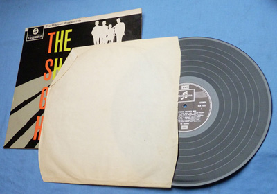 the-shadows-greatest-hits-3