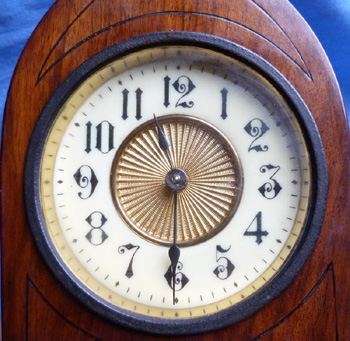 victorian-mantlepiece-clock-4