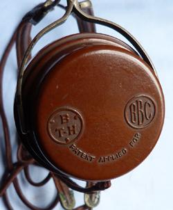 vintage-bbc-headphones-2