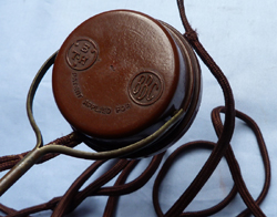 vintage-bbc-headphones-3