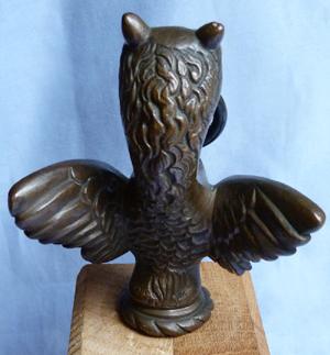 vintage-bronze-griffin-car-mascot-4