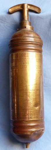 vintage-car-fire-extinguisher-1