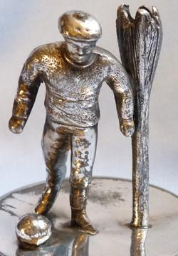 vintage-football-statue-4