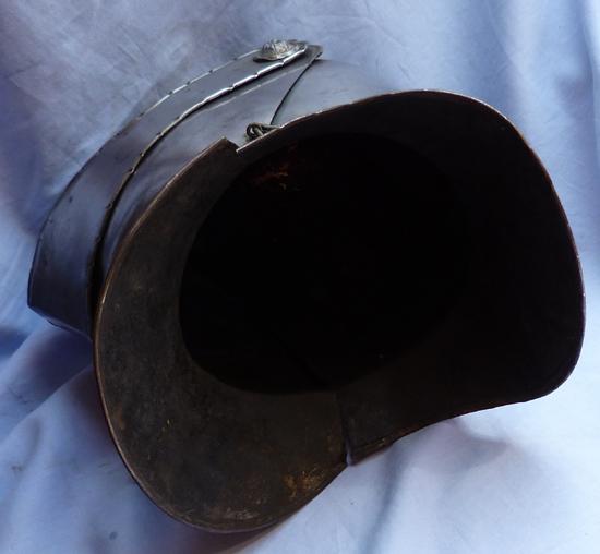 vintage-helmet-armour-5