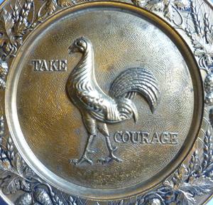 vintage-take-courage-british-beer-tray-2