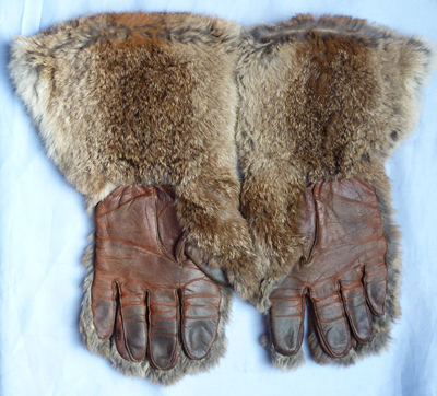 ww1-royal-flying-corps-fur-gloves-2