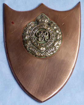 ww1-trench-art-badge-1