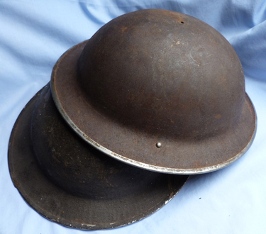 ww2-british-army-helmets-1