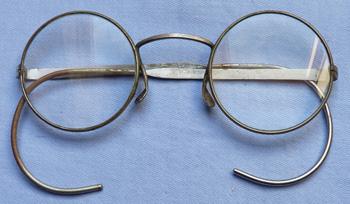 ww2-british-gas-mask-glasses-3