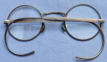 ww2-british-gas-mask-glasses-4