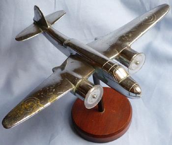 ww2-british-nickel-bomber-statue-1