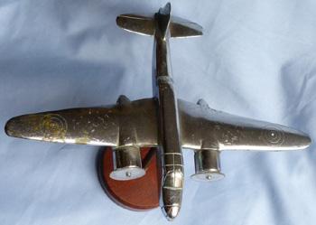 ww2-british-nickel-bomber-statue-2