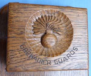 ww2-grenadier-guards-cigarette-box-2