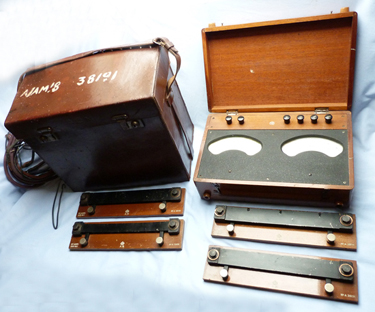 ww2-raf-amp-volt-meter-1