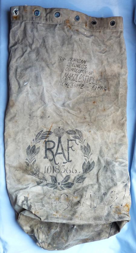 ww2-raf-kit-bag-1