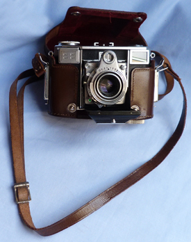 zeiss-ikon-contessa-camera-1