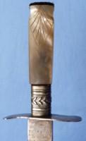 small-antique-dagger-3